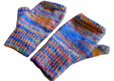 self patterning fingerless gloves